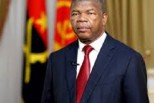 Angola trims redundant cabinet to cut spending